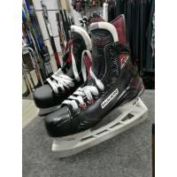 Коньки хоккейные BAUER VAPOR X900 S17 SR